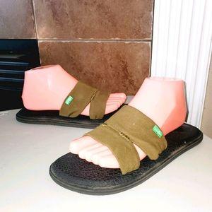 SANUK Yoga Mat Capri Slide Casual Beach Sandals